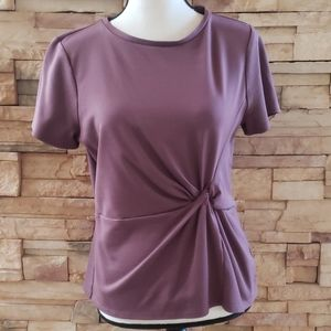 Express side twist short sleeve top